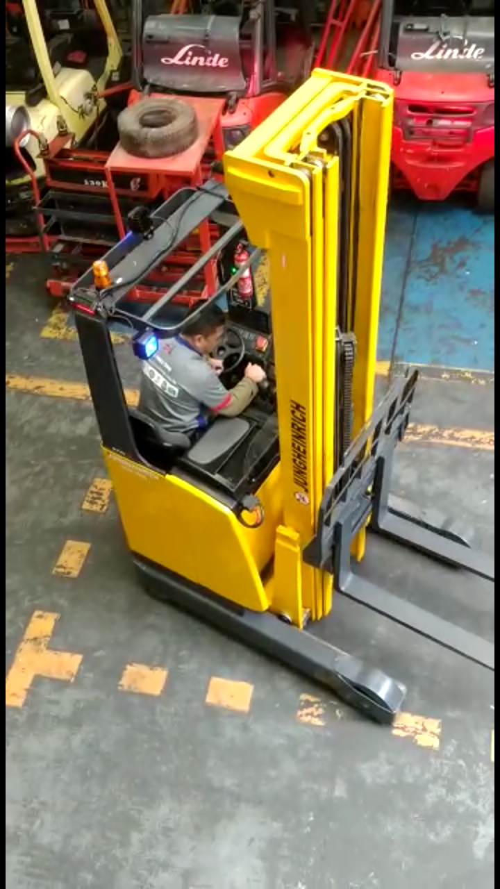 Hybrid Forklift   Maintenance And Rental.png
